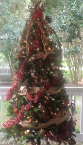 Tree decorated on back porch of Windermere Town Hall